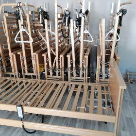 Łóżka rehabilitacyjne, wózki inwalidzkie i prysznicowo/toaletowe, balkonik, kule łokciowe i wiele innych urządzeń pozwalających wracać do sprawności